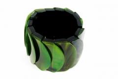 Armband-Horn-in-gruen-1-min-scaled