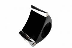 Ring-Horn-mit-Silber-schwarz-2-min-scaled