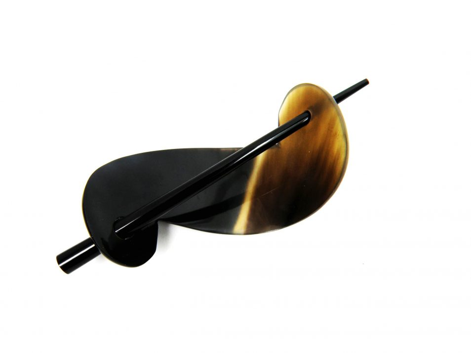 Zweiteilige-Haarnadel-aus-Horn-poliert-schwarz